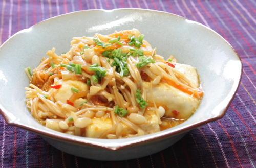 今日のキムチ料理レシピ:豆腐とえのきのキムチ煮