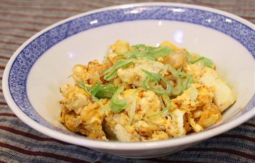 今日のキムチ料理レシピ:豆腐とキムチの卵炒め