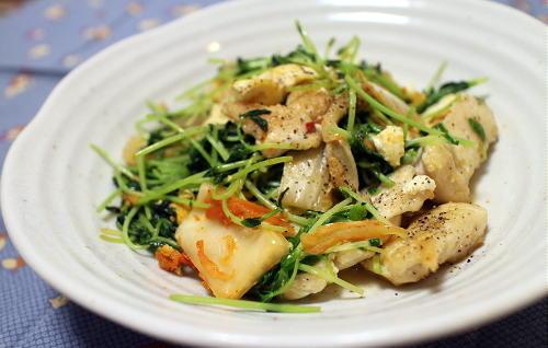 今日のキムチ料理レシピ:豆腐と豆苗と鶏むね肉のキムチ炒め
