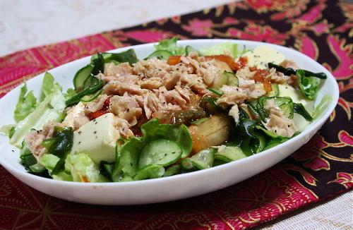 今日のキムチ料理レシピ:豆腐とツナのキムチサラダ