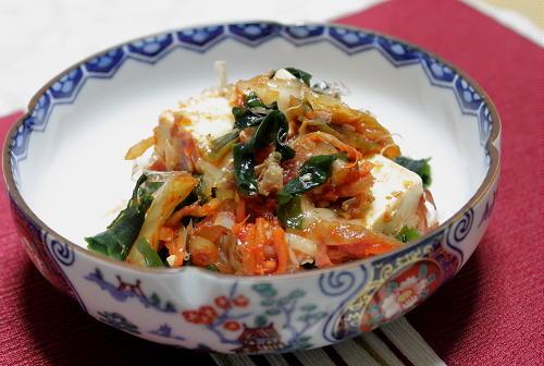 今日のキムチ料理レシピ:豆腐とキムチのおかか和え