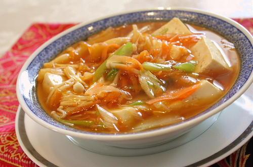 今日のキムチ料理レシピ:野菜とキムチのとろみあん豆腐