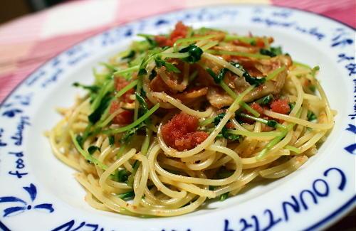 今日のキムチ料理レシピ:豆苗たらこキムチパスタ
