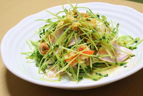 今日のキムチ料理レシピ:豆苗とキムチの卵炒め