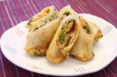 今日のキムチ料理レシピ:豆苗と割干しキムチの春巻