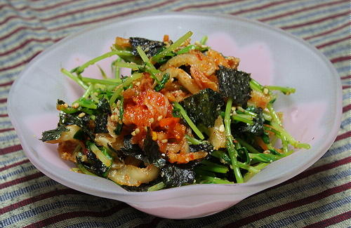 今日のキムチ料理レシピ:豆苗とキムチの海苔和え