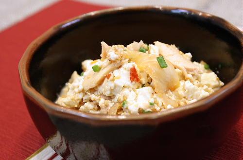 今日のキムチ料理レシピ:キムチとツナの白和え