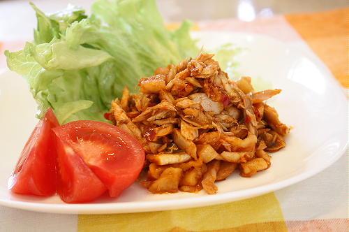 今日のキムチ料理レシピ:ツナキムチのレタス包み