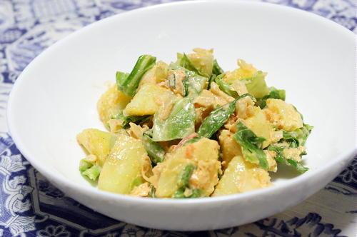 今日のキムチ料理レシピ:ジャガイモとキャベツのキムマヨサラダ
