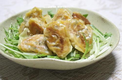 今日のキムチ料理レシピ: ツナキムチ焼きワンタン