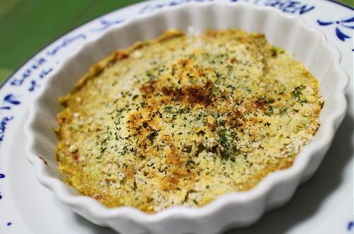 今日のキムチ料理レシピ:アボカド梅キムチのパン粉焼き
