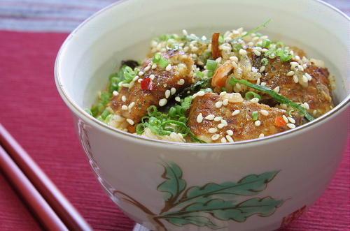 今日のキムチ料理レシピ:うなぎとキムチの混ぜご飯