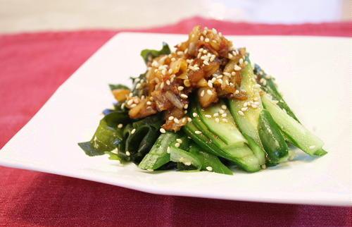 今日のキムチ料理レシピ:わかめのキムチドレッシング
