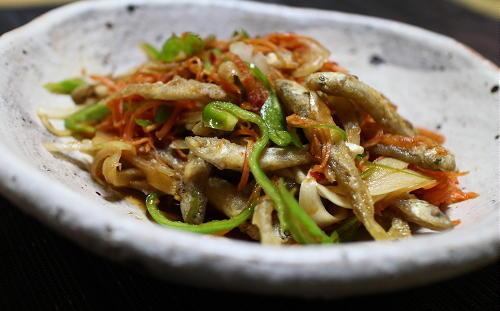 今日のキムチ料理レシピ:わかさぎのピリ辛南蛮漬け