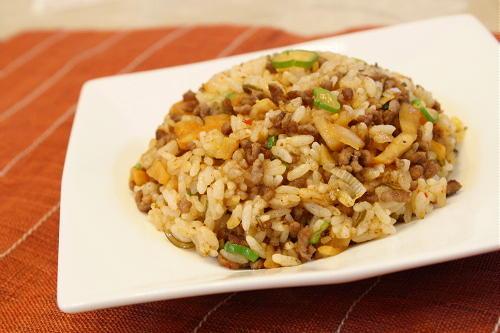 今日のキムチ料理レシピ:割干しキムチチャーハン