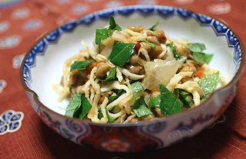 今日のキムチ料理レシピ:切干し大根のキムチ納豆和え