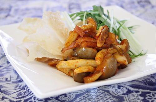今日のキムチ料理レシピ:割干しキムチのぱりぱりサラダ