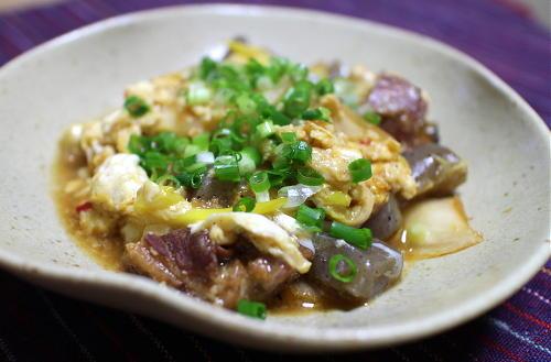 今日のキムチ料理レシピ:焼き鳥缶とキムチの卵とじ