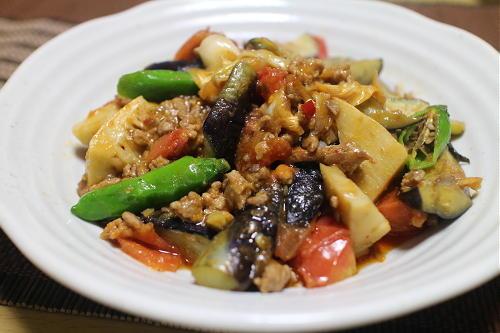 今日のキムチ料理レシピ:野菜麻婆