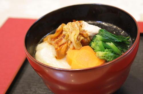 今日のキムチ料理レシピ:キムチ雑煮