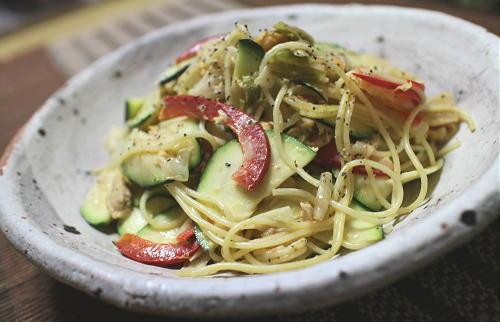 今日のキムチレシピ:ズッキーニとキムチのパスタサラダ